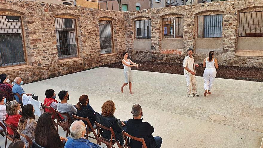 Més d'un centenar de persones gaudeixen del Festival TEST a  Santpedor