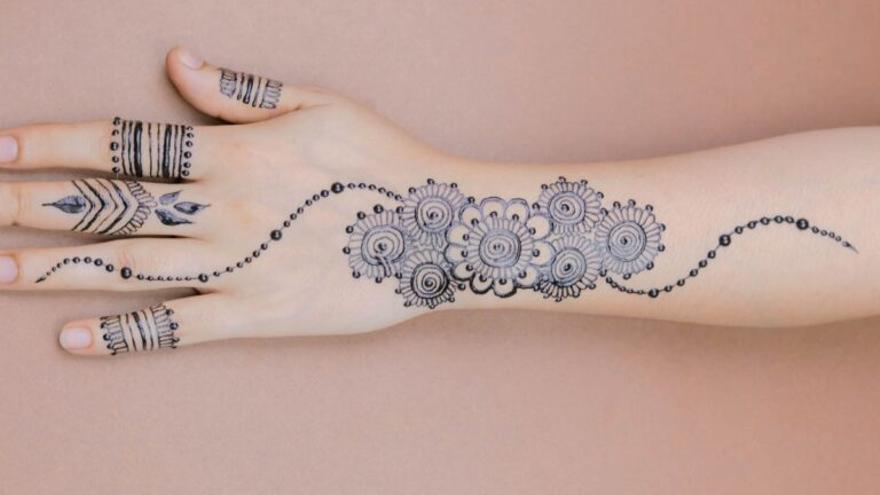 Lawsonia inermis: ¡Cuidado con los tatuajes de henna negra!