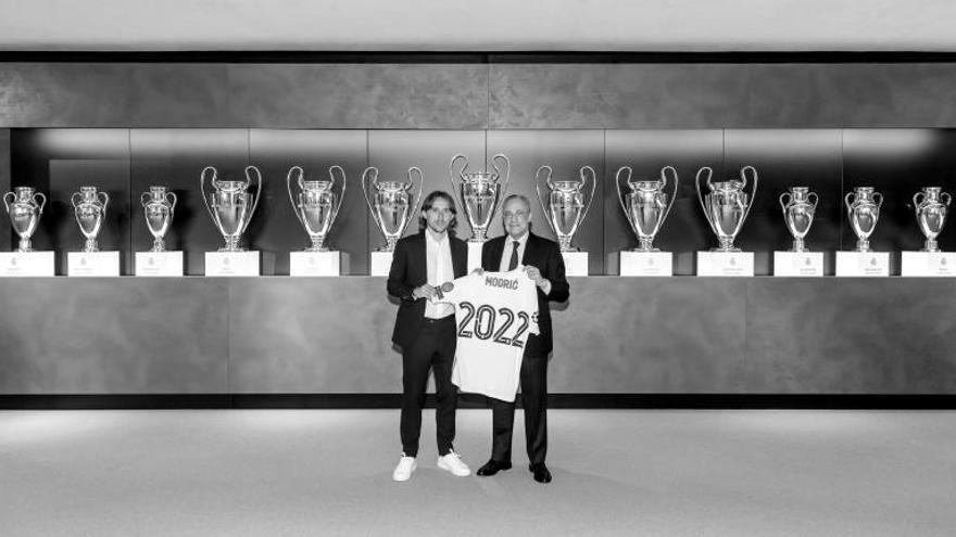 Modric se asegura una década en el Real Madrid