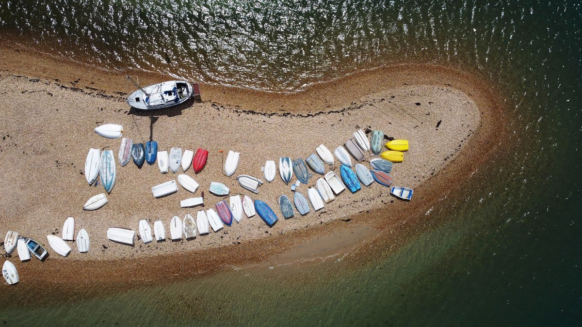 Vista panorámica de unas embarcaciones.