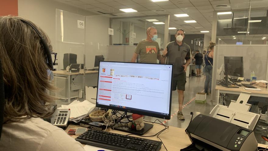 Paterna implanta el puesto de trabajo digital para sus 400 empleados