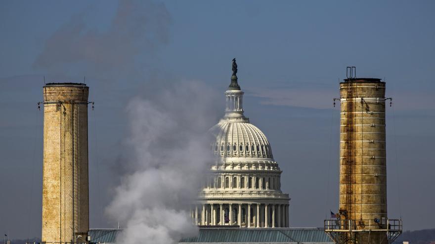 """Biden: """"EEUU se pone en marcha para reducir nuestros gases de efecto invernadero a la mitad para finales de esta década"""""""