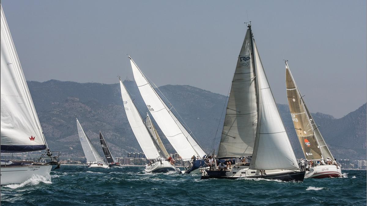 La última edición de la tradicional prueba castellonense, disputada en junio del 2019 y cancelada en el 2020 por el covid, tuvo como ganadoras a las embarcaciones 'Brujo', 'Grespania' y 'Maremoto'.