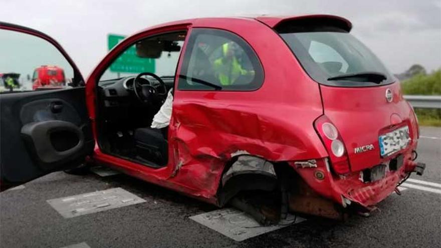 Siete heridos tras la colisión de cuatro vehículos en Cambados