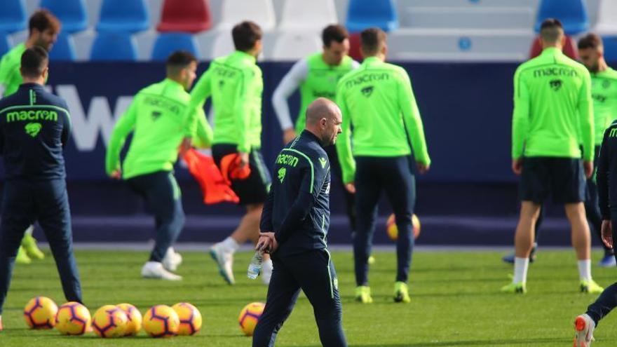 Postigo regresa a la lista para el partido del Barça de la que vuelven a caerse Vukcevic y Dwamena