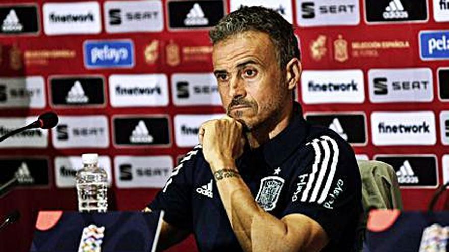 Luis Enrique inclou Laporte en una llista sense cap jugador del Reial Madrid