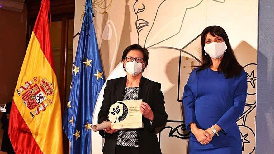 María José Tallón recoge el premio del ministerio