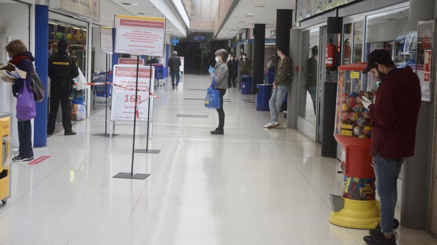 El Carrefour de A Barca anuncia su cierre definitivo