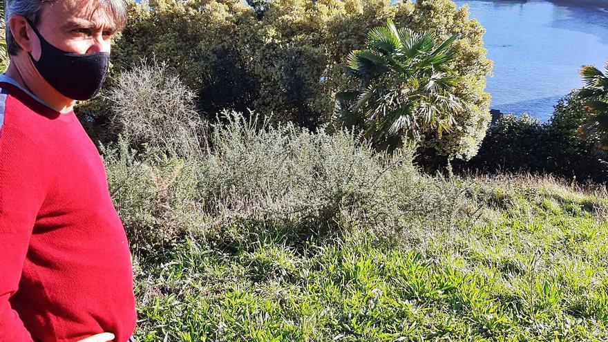 El jardín Fonte Baxa de Luarca se remoza para su apertura total el año próximo