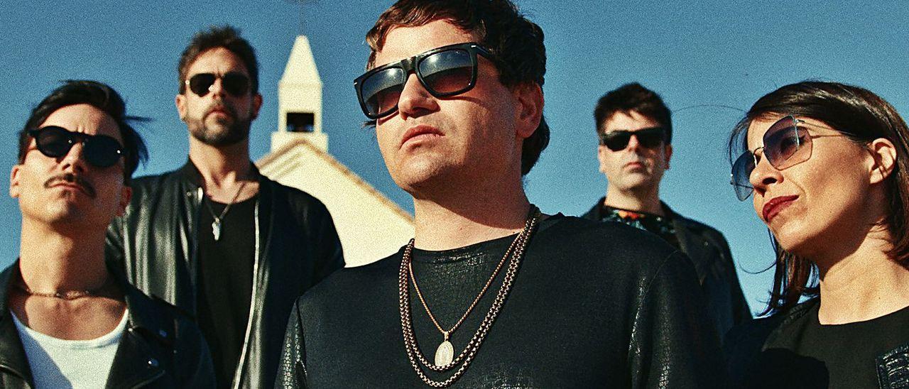 La banda catalana Dorian, con su vocalista, Marc Gili, en el centro.