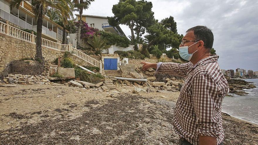 Vecinos de la Albufereta urgen el arreglo de los destrozos que un temporal causó hace año y medio