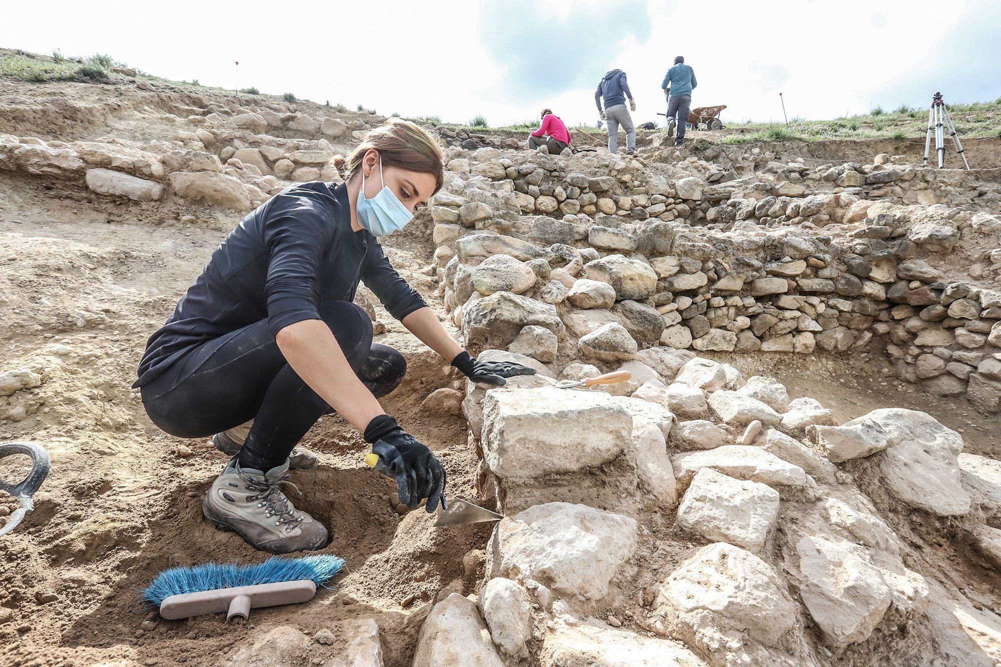 Excavaciones arqueológicas en el yacimiento de Los Saladares de Orihuela