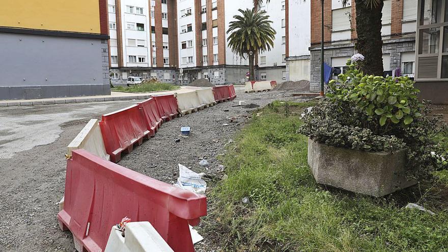 Los vecinos aplauden las obras en los barrios, pero piden actuaciones para modernizarlos