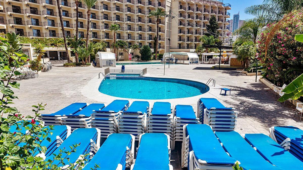 Benidorm, principal municipio turístico de la Comunidad Valenciana, tiene cerrados 139 hoteles de los 150 que componen la planta. Algunos desde marzo de 2020.