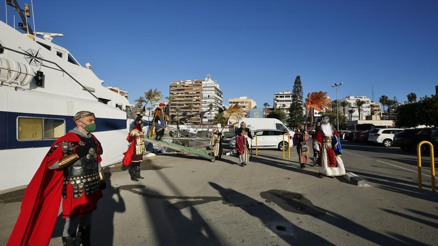 Apertura del campamento real en el recinto portuario de Torrevieja