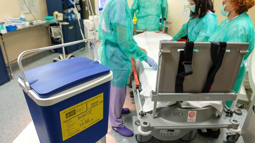 Sanidad reduce en 8 días la demora para una intervención quirúrgica durante el último mes