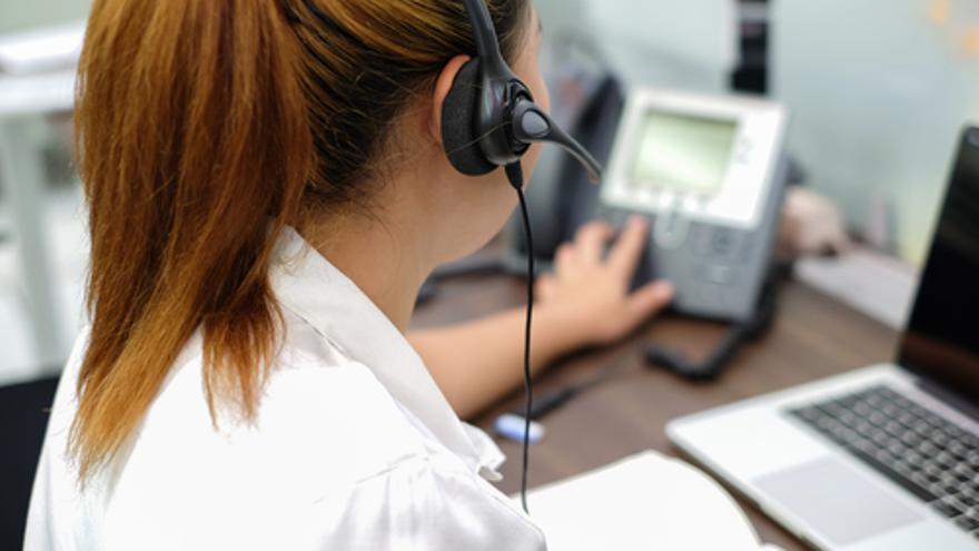Se necesitan en Mallorca teleoperadores/as, comerciales, enfermeras/os y carretilleros/as, entre otros profesionales