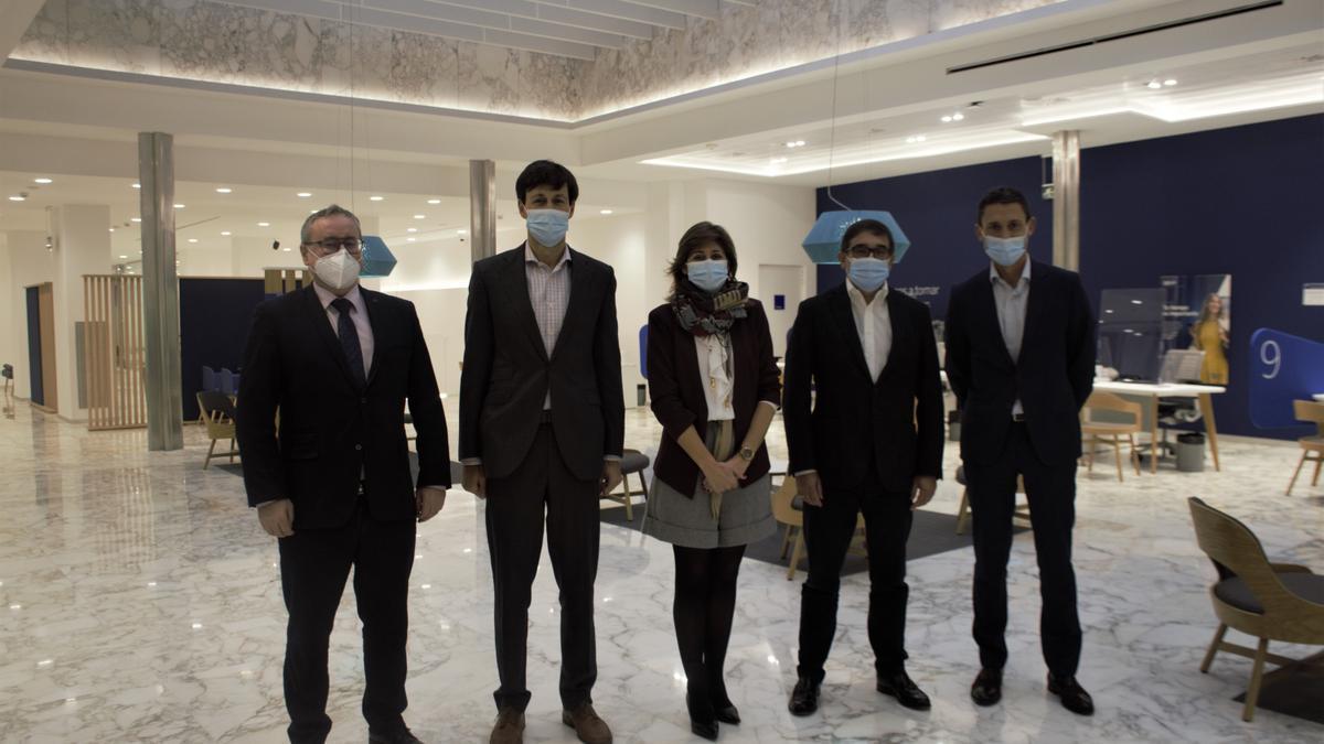Inauguración de la nueva oficina de BBVA en el Cantón Pequeño.