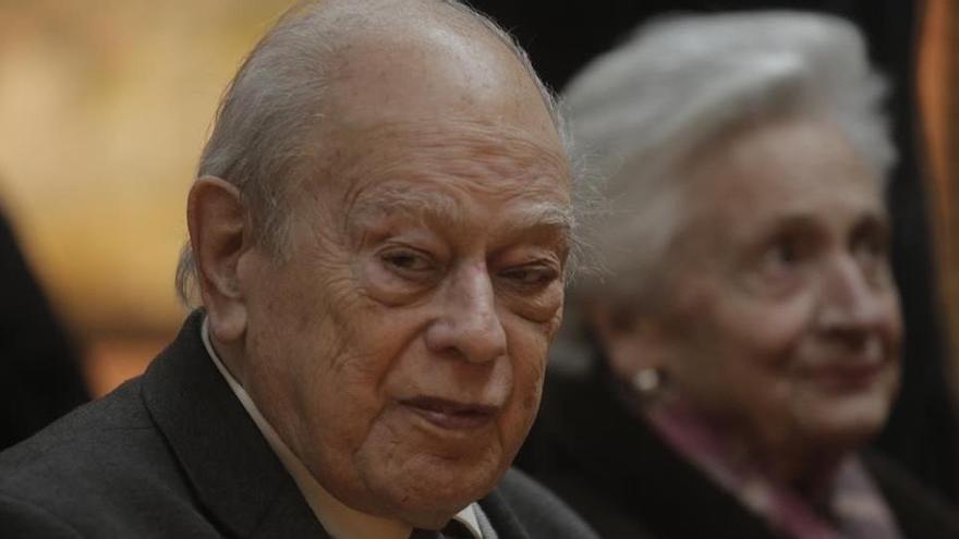 """El juez propone juzgar a los Pujol por acumular """"un patrimonio desmedido"""""""