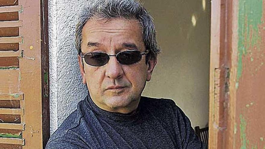 "Joan Bibiloni: ""Lo mío con la guitarra ha sido un amor verdadero"""