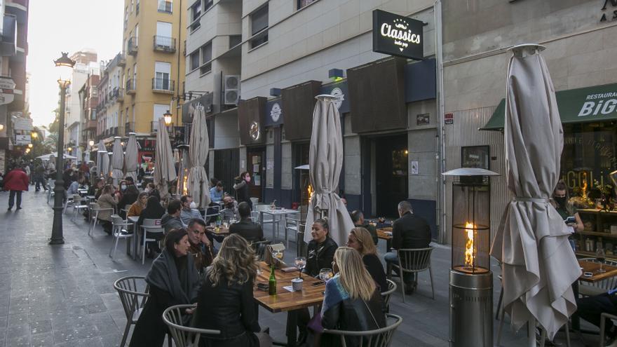 La vicealcaldesa de Alicante reclama un plan específico de ayudas para el sector turístico y hostelero