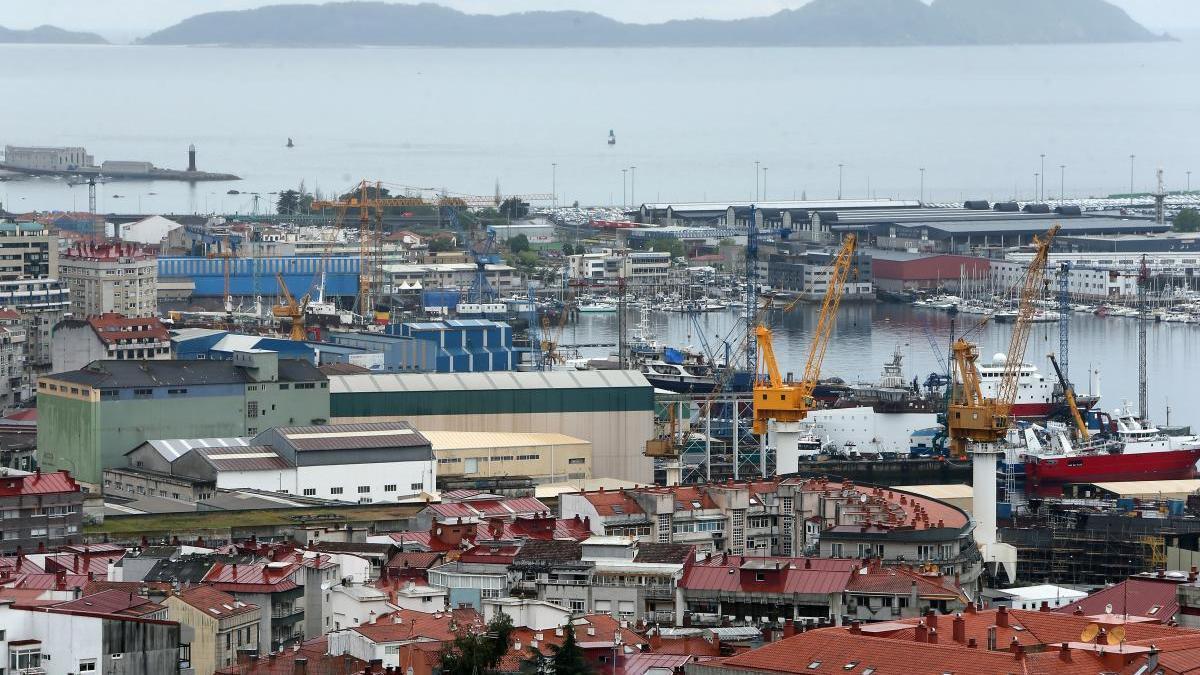 Vista general de los astilleros de Vigo. // Marta G. Brea