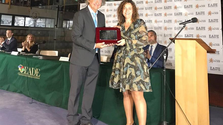 La malagueña Mar López Gil recibe el Premio a la Excelencia Profesional que EADE