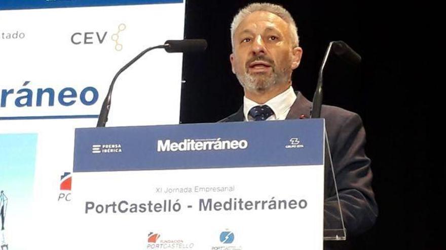 Francisco Toledo anuncia una rebaja de las tasas portuarias y el doble de inversión en 2021