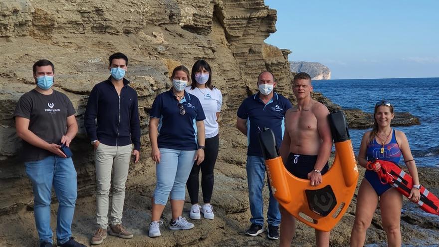 El dron que navega y salva vidas llegará el próximo verano a las playas