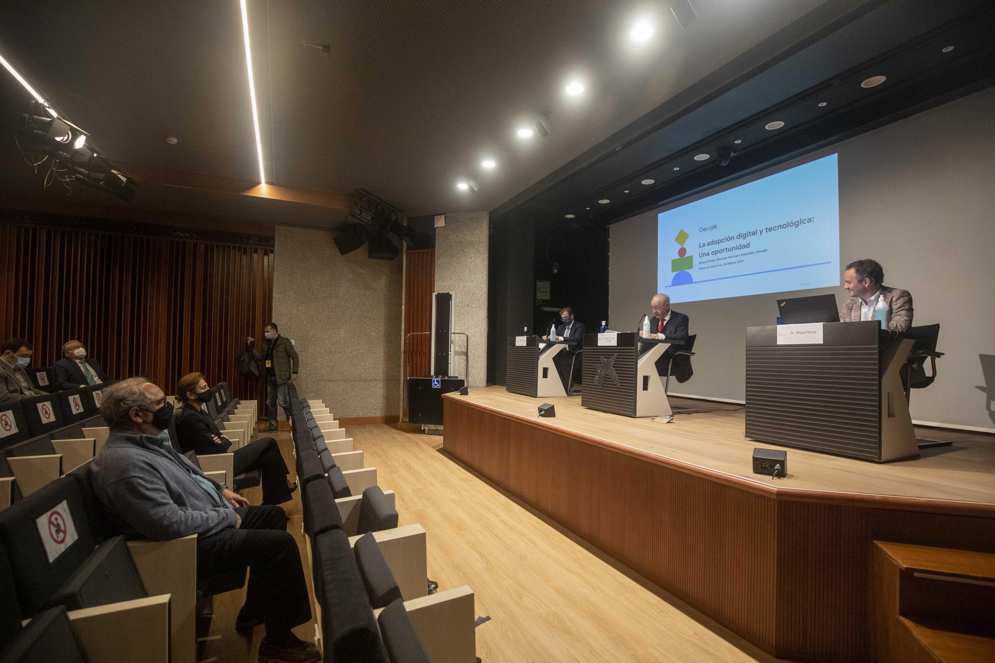 Conferencia en el Cercle Financer de Balears: «En seis meses la tecnología ha avanzado como nunca antes»