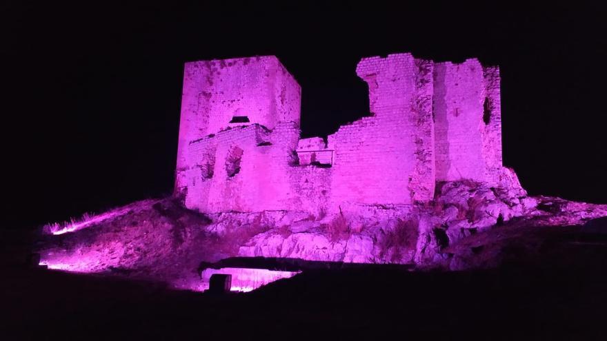 Endesa ejecuta un proyecto pionero de iluminación en el Castillo de Teba