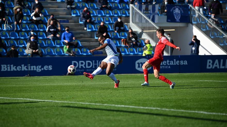 El Atlético Baleares gana tranquilidad ante Las Rozas