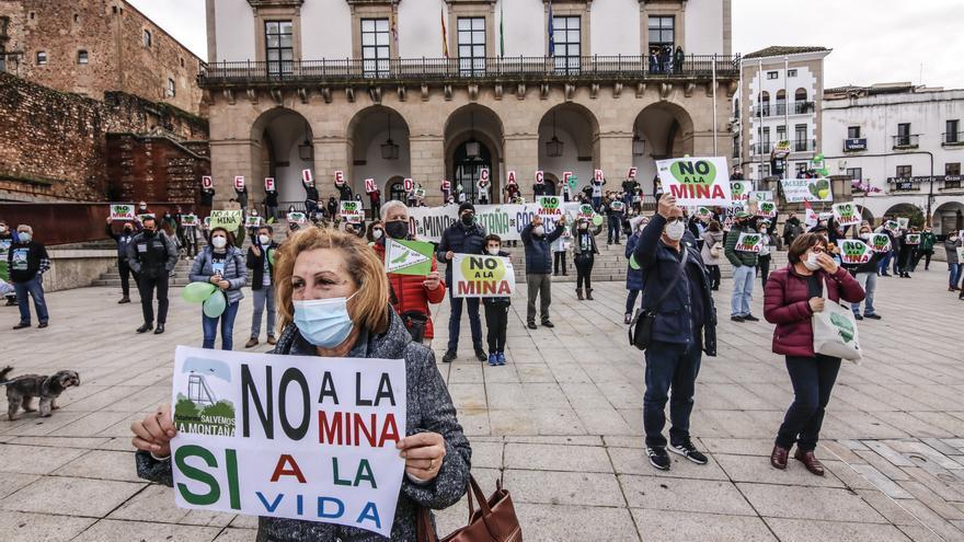 El ayuntamiento multa a la empresa de la mina con 26.500 euros