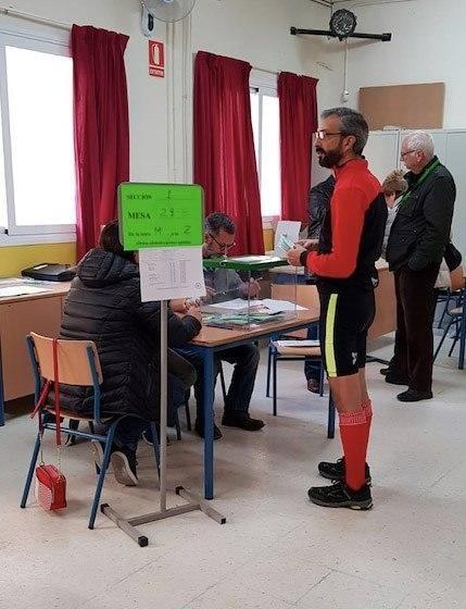 ABREN LOS COLEGIOS ELECTORALES PARA LOS ...