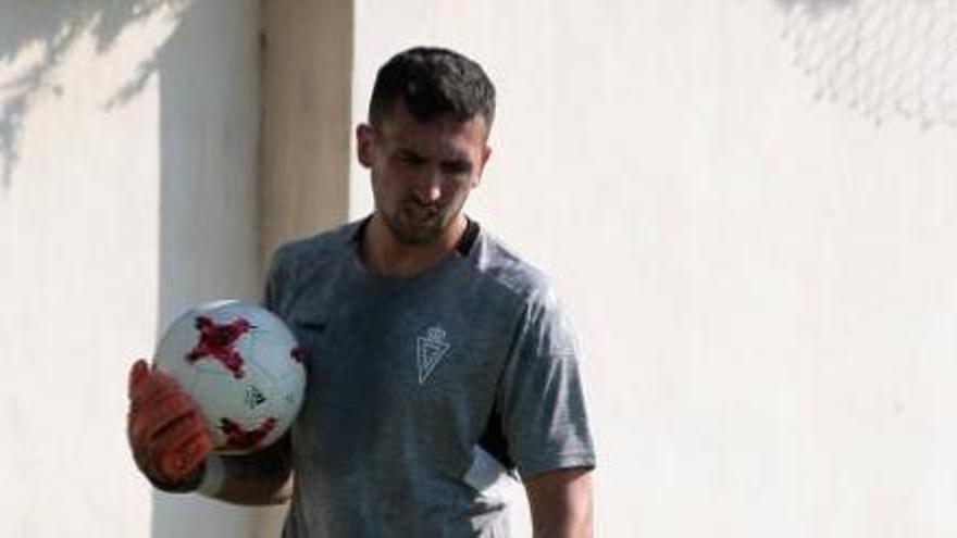 Simón Ballester se marcha dolido del Real Murcia