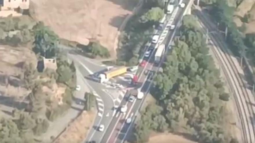 Un accident a Manresa provoca retencions a la C-55 en sentit sud