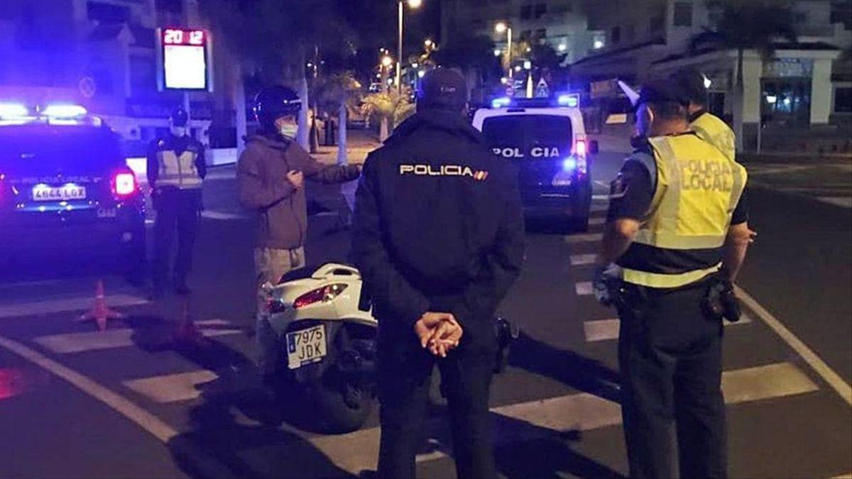 Detenidos dos policías de Madrid por abusar de una joven y mandarle fotos desnudos