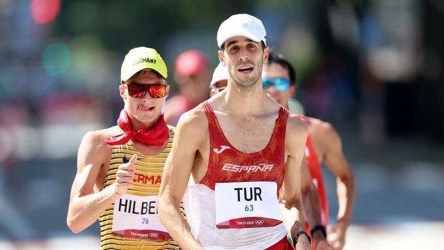 Marc Tur roza el bronce en los 50 km marcha