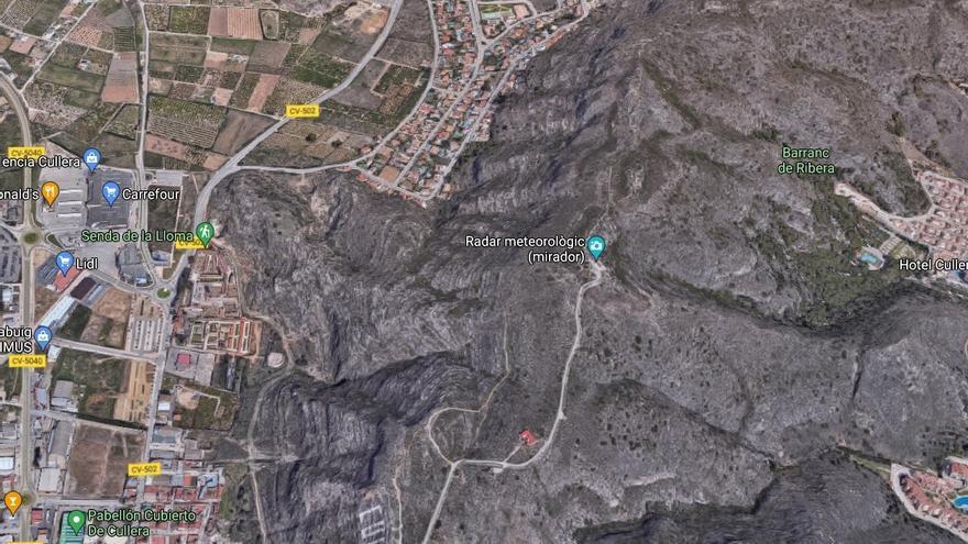 Extinguido el incendio de Valencia que obligó a desalojar el parque Aquopolis