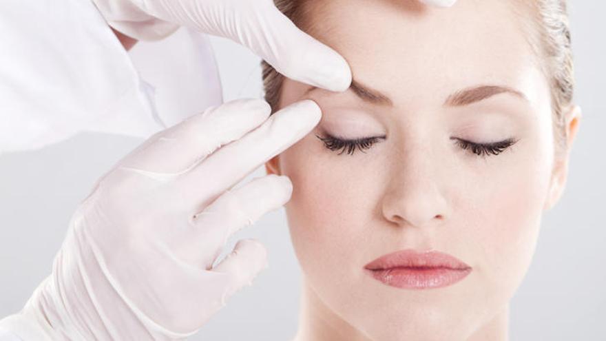 Afilarse el rostro es la última moda en cirugía estética