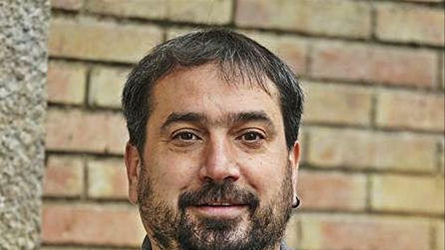 El diputat de la CUP Dani Cornellà formalitza la renúncia a l'alcaldia de Celrà