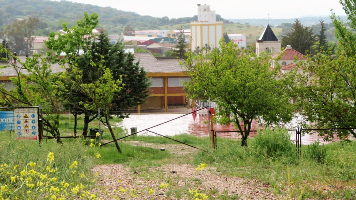 Terrenos cedidos a la Junta para la ampliación de la zona escolar