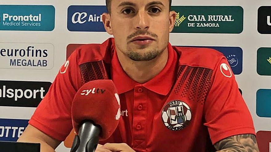 """Dani Hache, jugador del Zamora CF: """"Vamos a llegar hasta donde se pueda"""""""