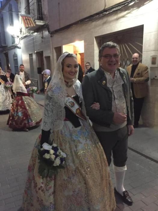 Nada más acabar fallas, en la Ofrenda de las Fallas de Montserrat