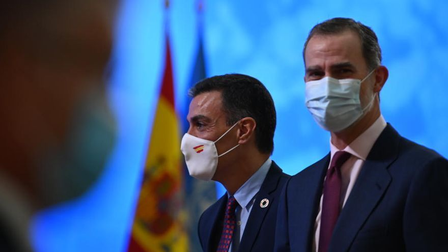 PSOE y PP respaldan el discurso del rey y los socios del Gobierno lo censuran