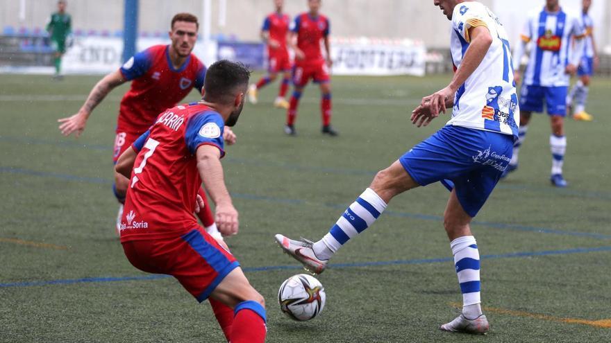El Ejea vuelve a perder y Néstor Pérez deja de ser el técnico del equipo