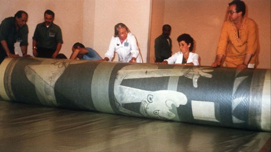 El día que el 'Guernica' llegó a España