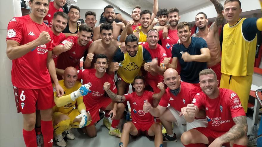 Victoria del Alcoyano en el campo del Sevilla Atlético (1-3)