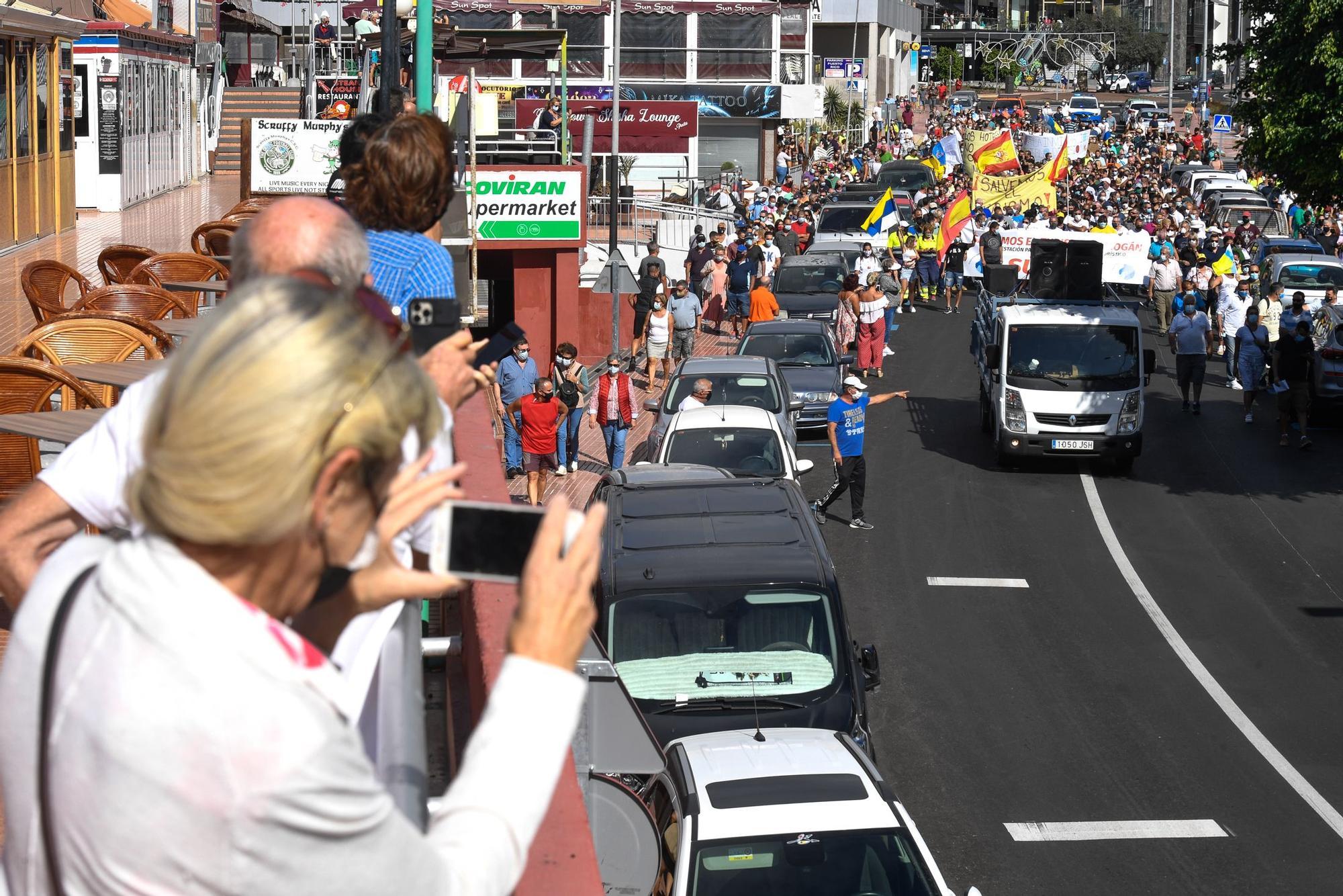 Marcha pro-turismo en Mogán