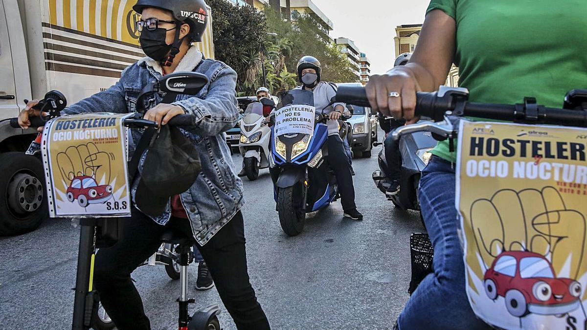 Caravana de protesta que el sector del ocio realizó en Alicante a mitad de noviembre.
